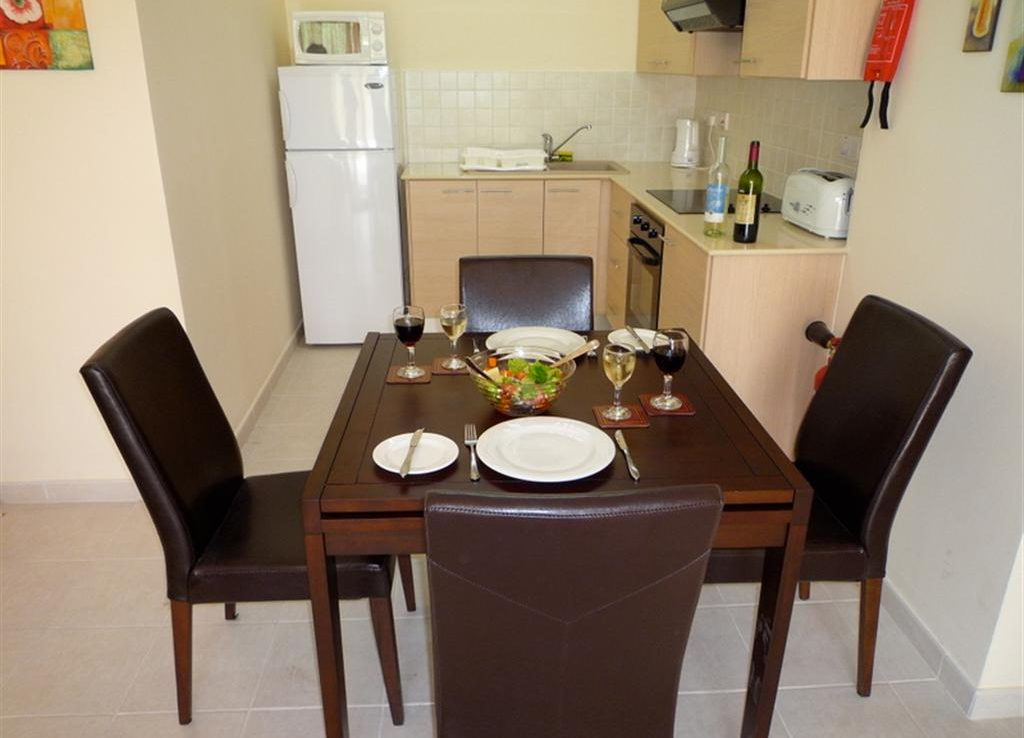 dining-kitchen-area-cyprus-large